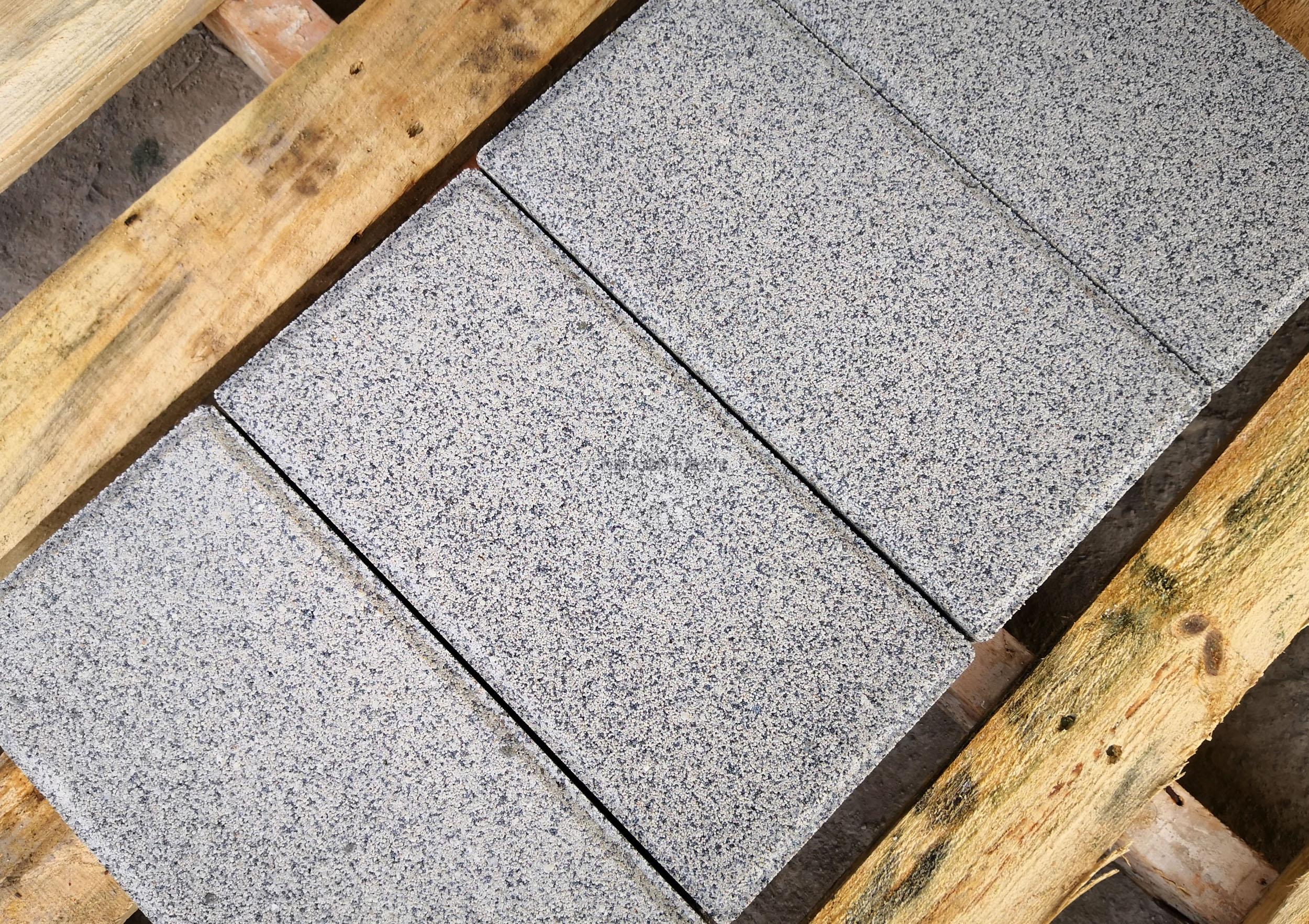 仿石透水砖300×150