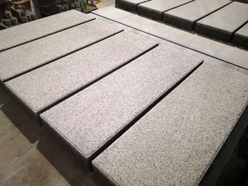 芝麻白PC仿石透水砖  600×200×60