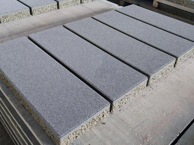芝麻灰仿石材PC砖